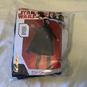 NWT Disney Star Wars Kylo Ren costume